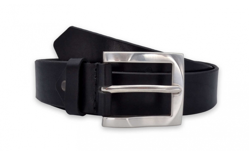 Ledergürtel schwarz mit silberner Schnalle