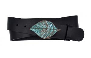 Ledergürtel aus Leder schwarz mit blauem Blatt