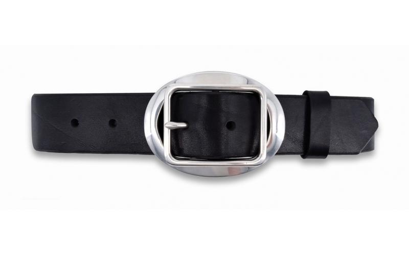 Ledergürtel schwarz mit geschlossener Schnalle